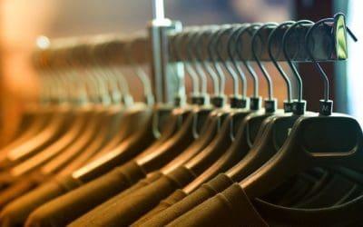 Koszulki i bluzy z nadrukiem – oryginalność i uniwersalność w jednym!